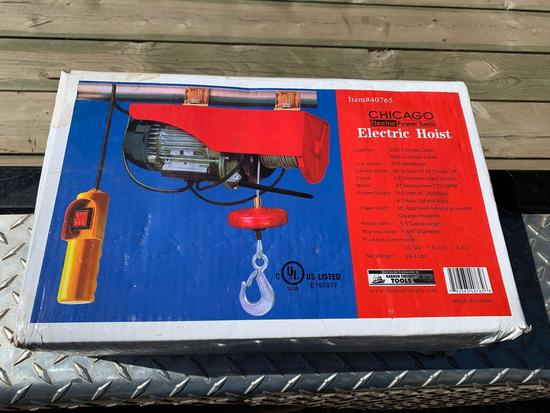 Chicago Electric Power Cable Hoist [NIB]