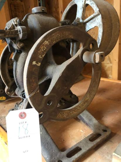 Waterloo Gasoline Engine Co. Well-pump gear box