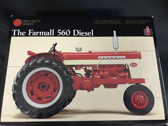 Precision Series 1/16 scale Farmall 560 Diesel Tractor - NIB