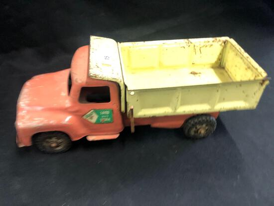 Metal Buddy L Sand and Stone Dump Truck