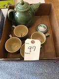 Hare lidded tea pot and (4) matching cups.