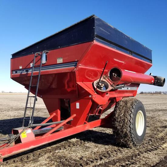 Unverferth GC-8200 Grain Cart, 850 bu., Corner Auger