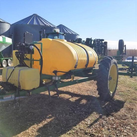 Fast 1000g Pull Type Field Sprayer w/ 60' Wheel Boom