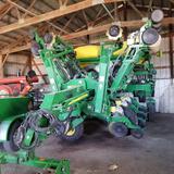 2010 John Deere 1790 CCS 12/23 Split Row Planter