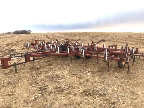 Wilrich 24' Field Cultivator with 3 Bar Coil Tine Mulcher