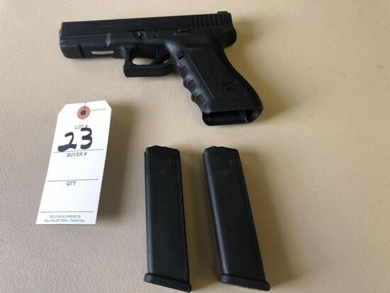 Glock 40 cal. pistol w/ 2 clips.