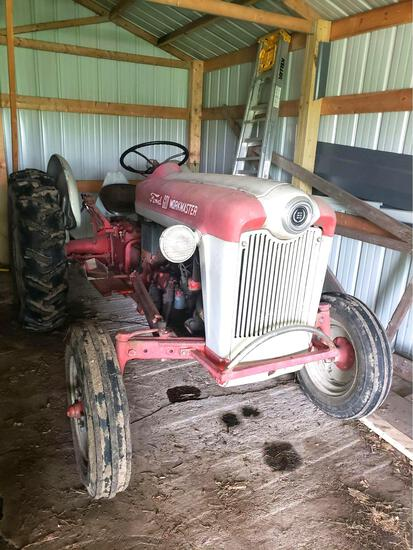 DO NOT BID ON THIS LOT.... THE FEATURED TRACTOR CAN BE BID ON IN LOT # 251.... THIS IS A LARGE