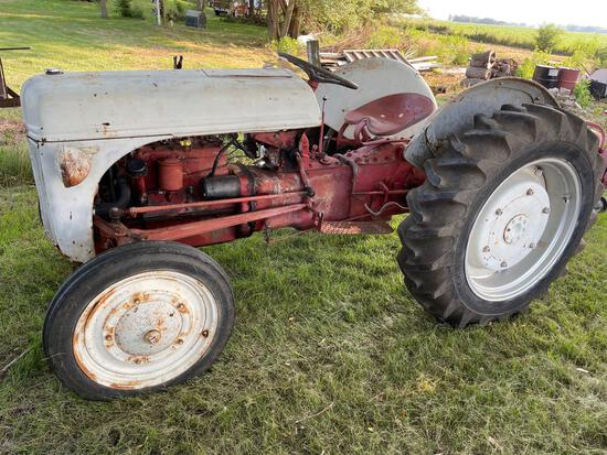 """FORD """"2N"""" TRACTOR"""