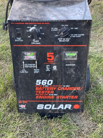 SOLAR HD BATTERY CHARGER