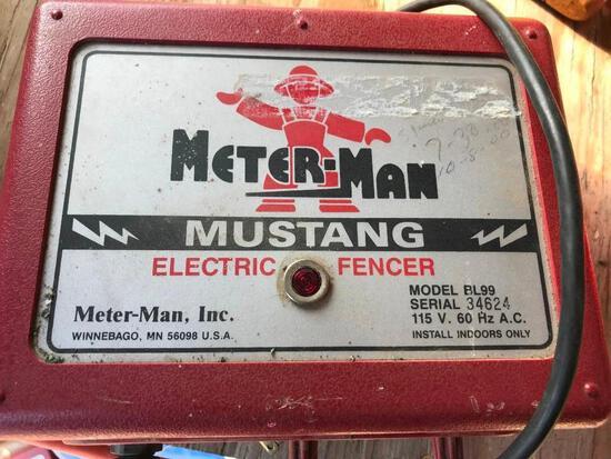 Meter Man Mustang Electric Fencer