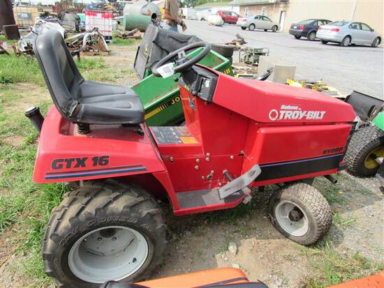 Bolens L&G Tractor (not running)