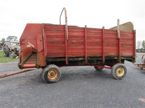 Gehl 920 Forage Box