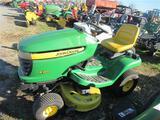 JD X300 Lawn Tractor (runs)