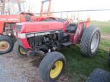Case IH 495, 2WD Tractor - 5399 Hrs
