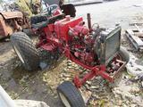 IH 284 Parts Tractor