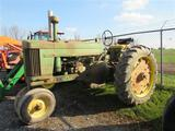 JD 620 Tractor (runs)