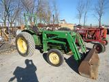 JD 950 Tractor w/Loader