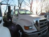 2006 Ford F650 Flatbed Truck w/Title