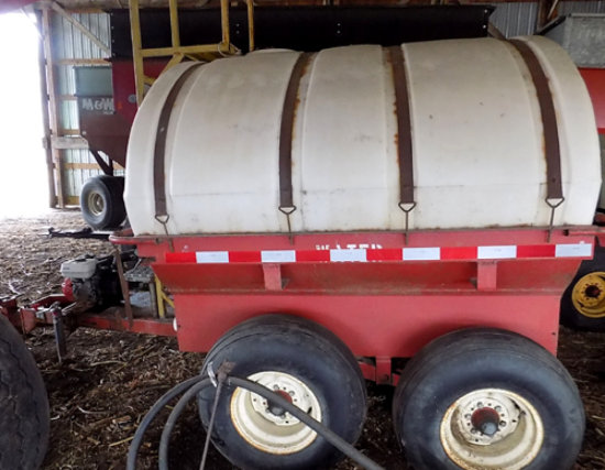 1500 gal water trailer