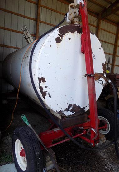 2000 gal diesel barrel on transport