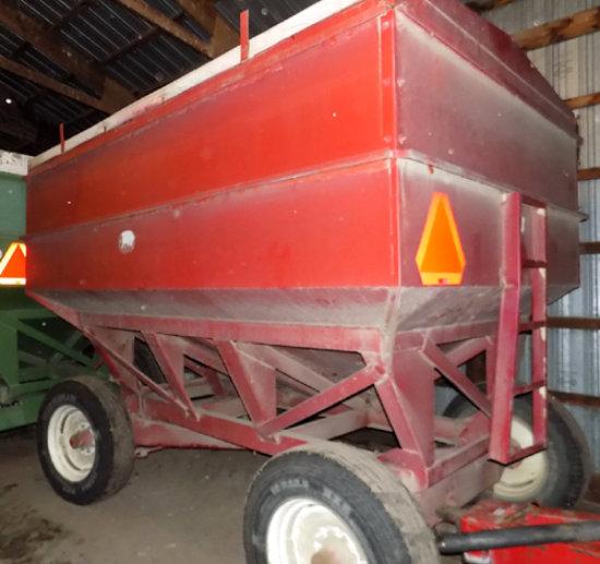 J&M 350 bu gravity box w/ gear and roll tarp
