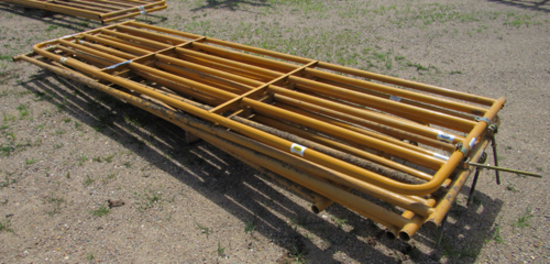 """lot of 5 Sioux 168"""" livestock gates"""