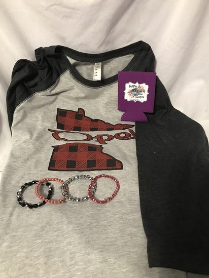 Custom Minnesota Ladies Size L T-Shirt, 4 Bracelets, and Can Koozie
