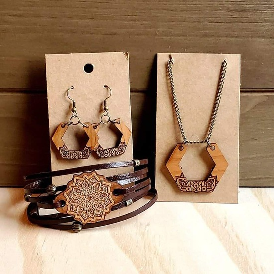 """18"""" Necklace, Bracelet, and Earrings Set."""