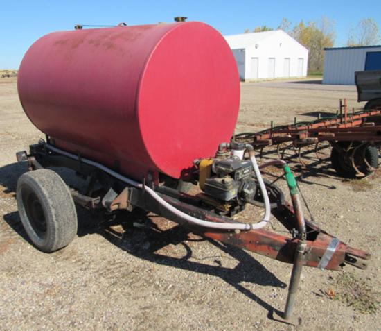 400 gal fuel barrel on running gear w/ pump