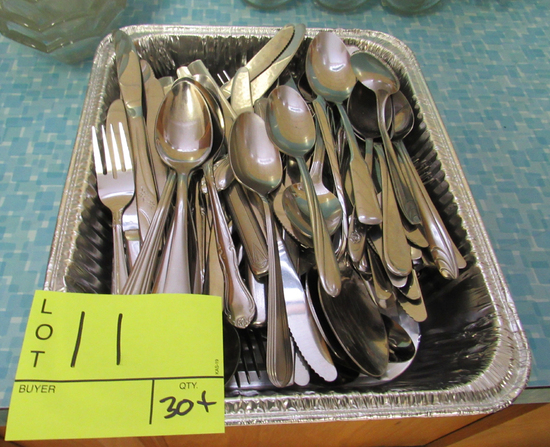30+ pcs of silverware