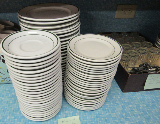 "6"" saucers, 6 1/2"" plates, 9"" plates, set of 25 each"