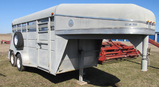 Travalong 14' horse trailer