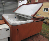 Hot Tub, includes steps and chemical