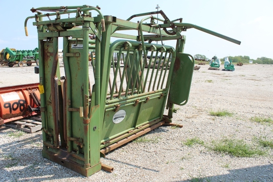 Powder River Squeeze Chute