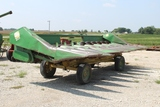 John Deere 843 8 Row Corn Head