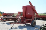 International 1150 Grinder Mixer