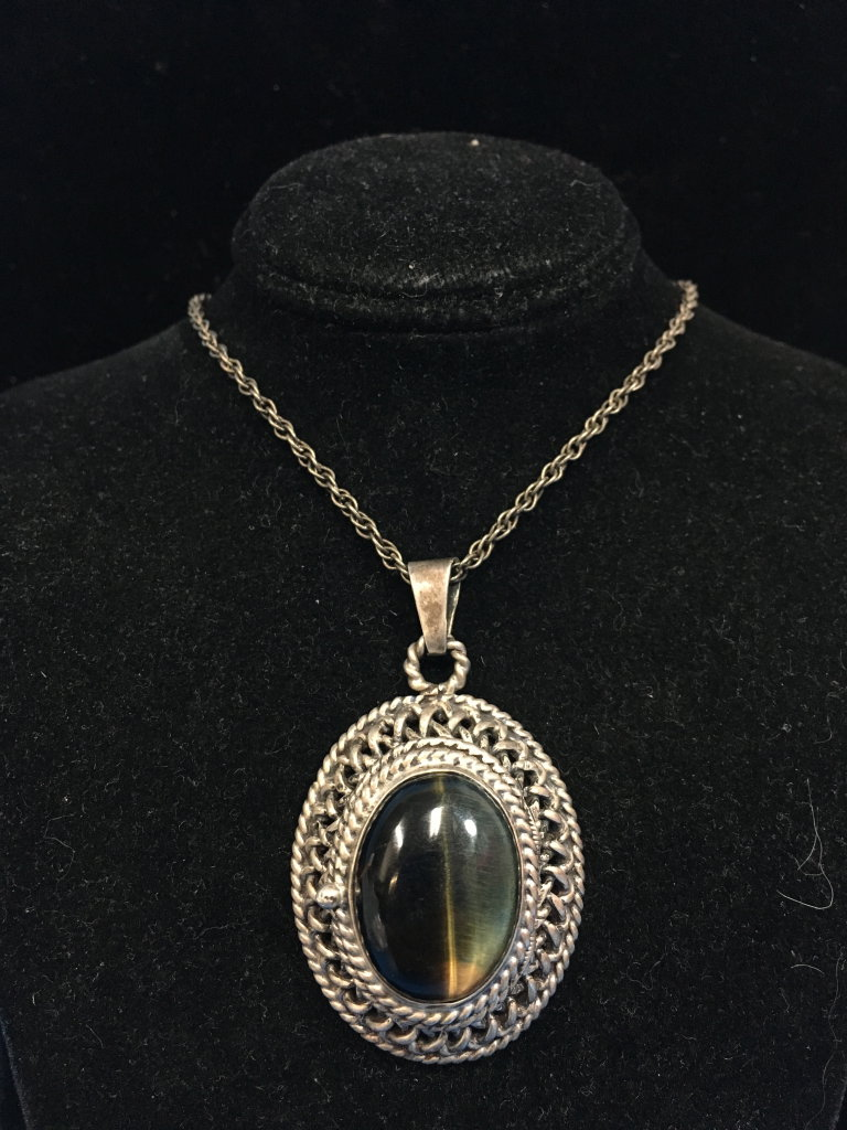 "RARE Vintage Taxco Sterling Silver & Tiger's Eye Poison Pendant W/ 24"" Sterling Chain - 27 Grams"