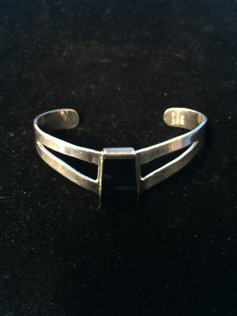Old Pawn Taxco Sterling Silver & Black Onyx Heavy Cuff Bracelet - 25 Grams