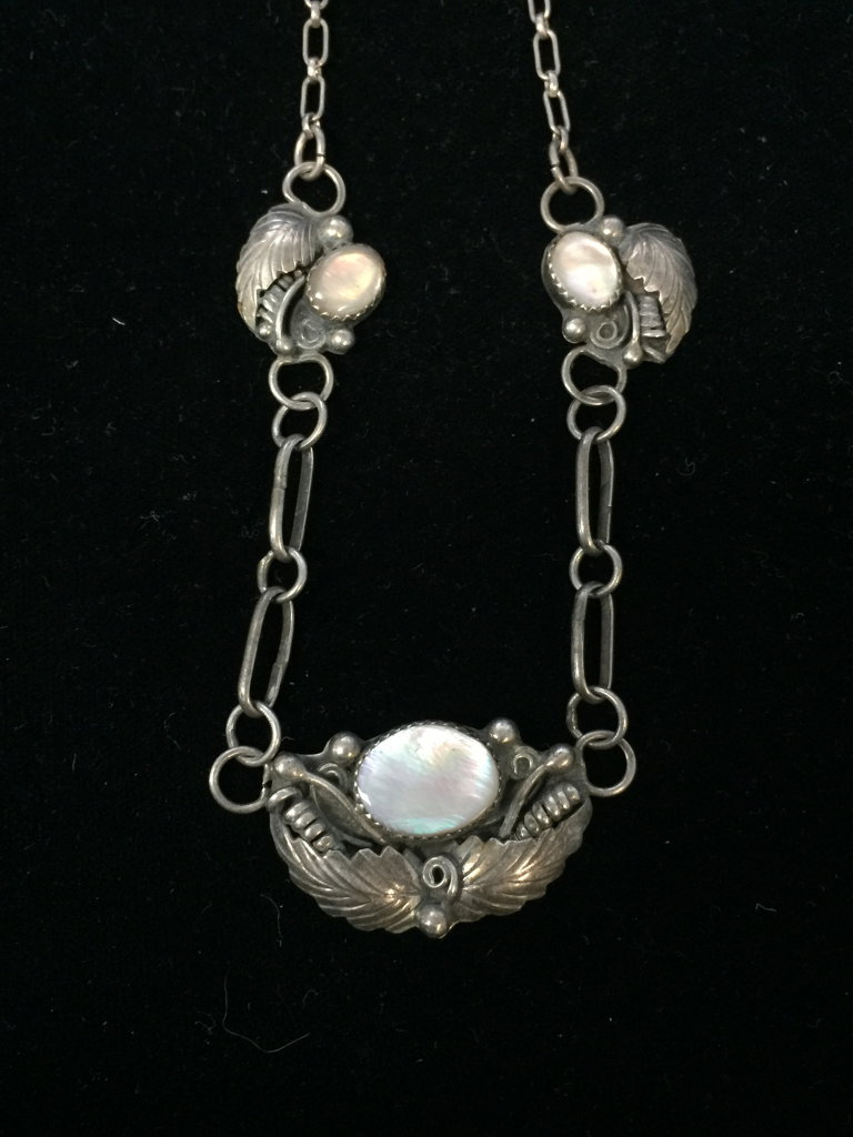 "20"" Native American Sterling Silver & Mother of Pearl Leaf Necklace"