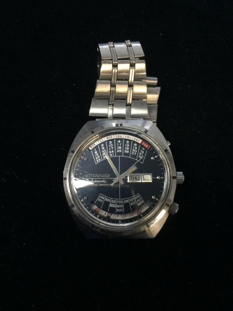 Wittnauer Automatic Perpetual Calendar Face Silver Tone Watch - Runs - Band Needs Repair