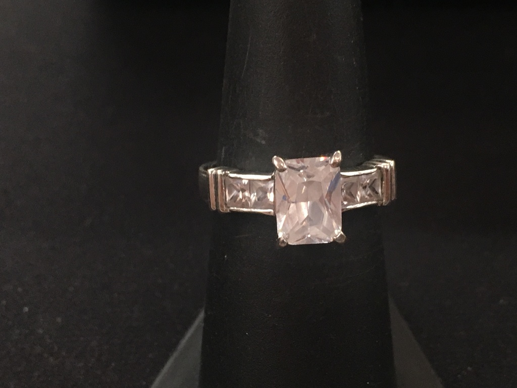 5/28 Amazing Sterling Silver Ring Auction