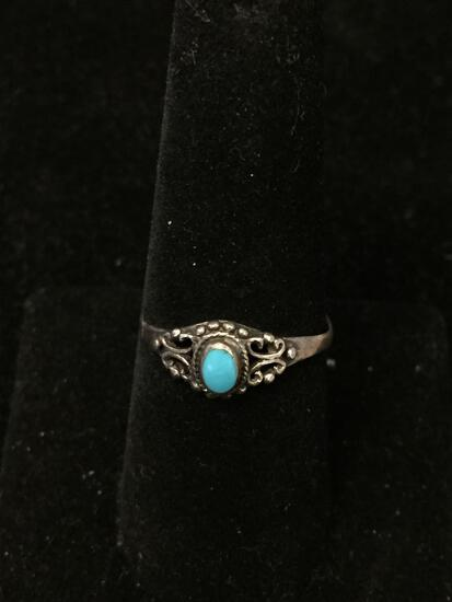 Petite Vintage Filigree Decorated Sterling Silver Ring Band w/ Oval Turquoise Cabochon Center - Size