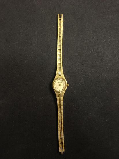 Waltham Designer Oval 17x15mm Bezel Gold-Tone Stainless Steel Watch w/ Bracelet