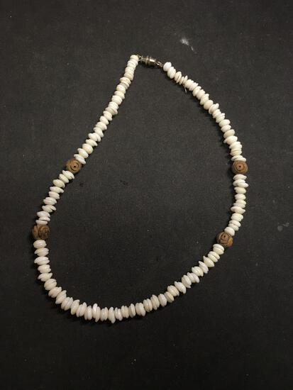 Graduating 5-7mm Shell Beads w/ Carved Wood Stations Beads 16in Necklace