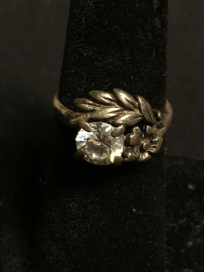 Round Faceted 6mm CZ Center Floral Motif Vintage Old Pawn Sterling Silver Ring Band