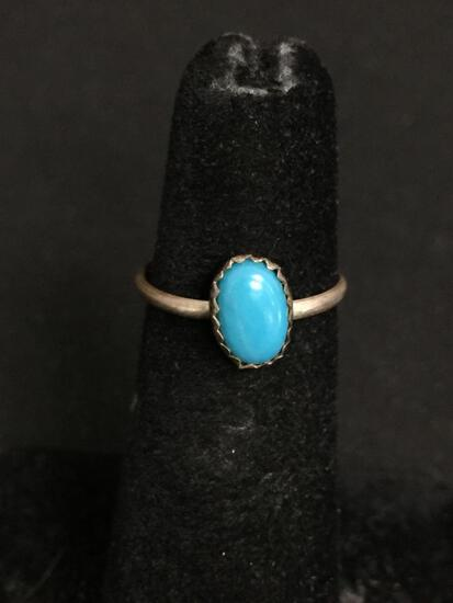 Oval 8x5mm Turquoise Cabochon Center Old Pawn Native American Sterling Silver Ring Band