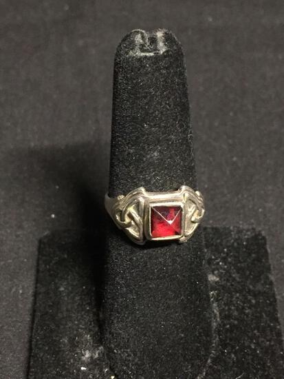 Square Triangular Faceted 5mm Garnet Center Celtic Knot Design Sterling Silver Ring Band