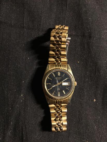 Seiko Designer Round 22mm Bezel Gold-Tone Stainless Steel Worn Watch w/ Date & Bracelet