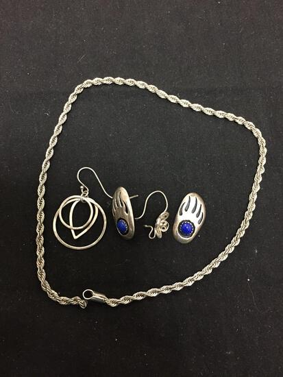 Lot of Five Sterling Silver Items, One 12in Long Broken Rope Chain, One Three-Tier Unmatched