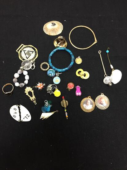 Lot of Various Size & Style Fashion Alloy Pendants